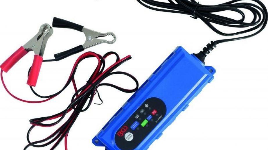 Acculader elektrische kinderauto 6V en 12V , waarom investeren?
